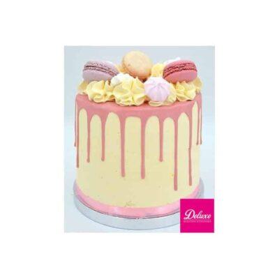Drip cake it's a girl