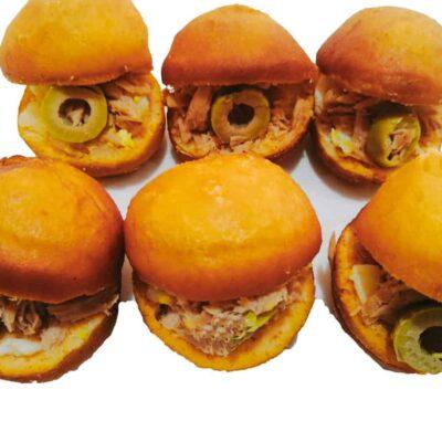Assortiment de 30 Mini Fricassés tunisiens : mini sandwich frits