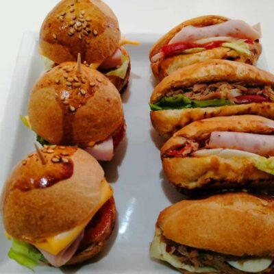 Assortiment de 30 Mini Burger & sandwichs