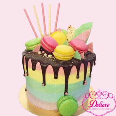 layer-cake Macarons rainbow cake