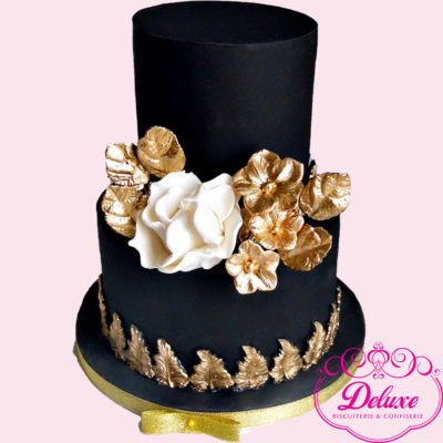pièce montée wedding cake  Black Gold Luxury