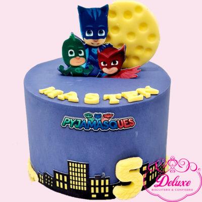 Gâteau d'anniversaire pygamasque